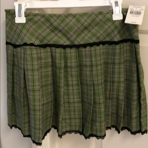 NWT Green argyle pattern, pleated mini skirt